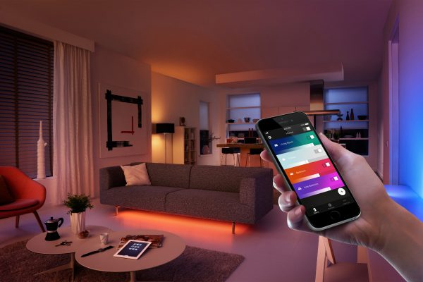 1_1_Philips_Hue_app_Phone11